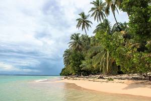 Grotten, koraalriffen en Red Frog Beach