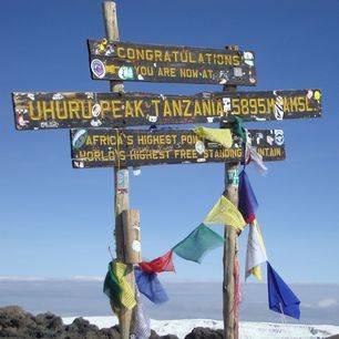 Kilimanjaro-Uhuru-Peak_1_423314
