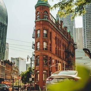 Canada-Toronto-Flatiron-2_1_504880