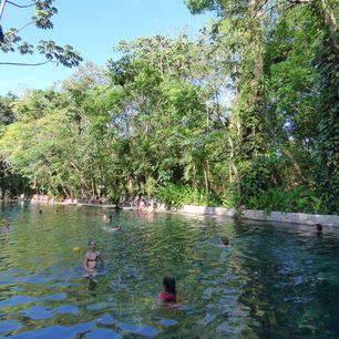 Nicaragua-Ometepe-Zwemmen_1_388492