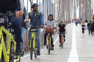 Fietsen over de Brooklyn Bridge