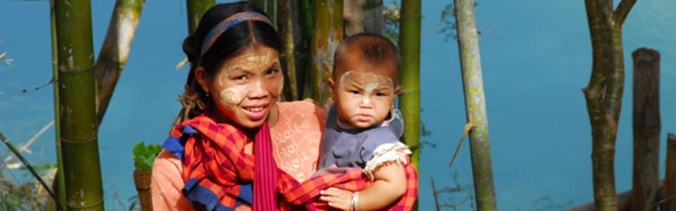 Birmese make-up: Thanaka!