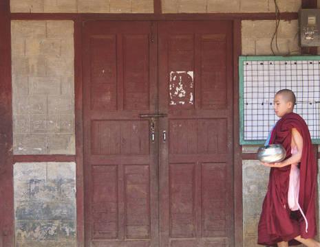 Myanmar-Loikaw-monnik(8)