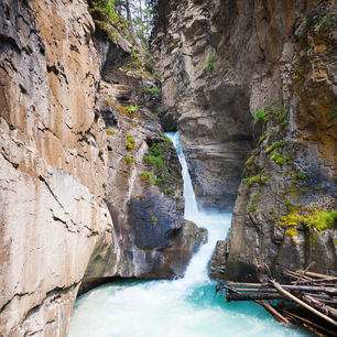 Canada-Banff-Johnston-Canyon_2_506721