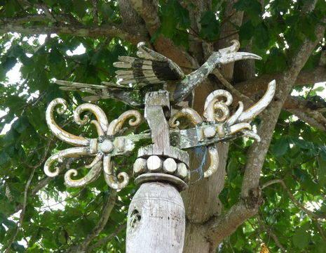 Kalimantan-Samarinda-houtsnijwerk3