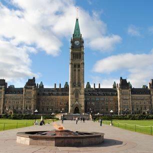 Canada-Ottawa-Parlementsgebouw-1(2)