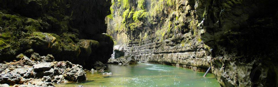 De Green Canyon bij Pangandaran op Java