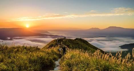 Japan-Mount-Aso-Zonsondergang-1