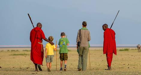 Tanzania-Masai-Family_1_420969