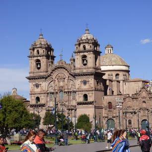 Parade-in-Cuzco-c3116d37(10)