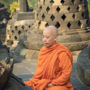indonesie-java-borobudur-monnik