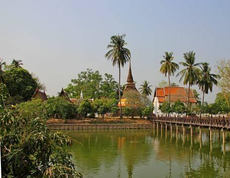 Thailand-Sukhothai-eilandtempel(17)