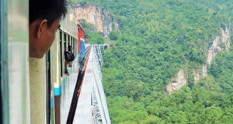 Myanmar-Pyin-Oo-Lwin-trein2