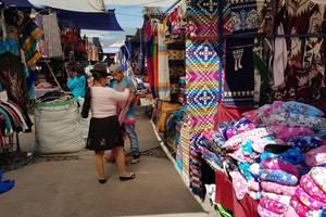 Bezoek Otavalo