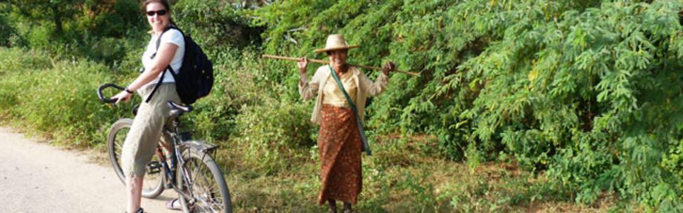 Fietstocht bij Bagan
