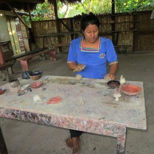 Ecuador-Upper-Amazone-pottenbakkerij_1_526323