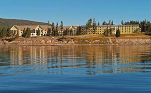 Lake Yellowstone Hotel