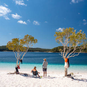 Australie-Fraser-Island-Lake-McKenzie-strand