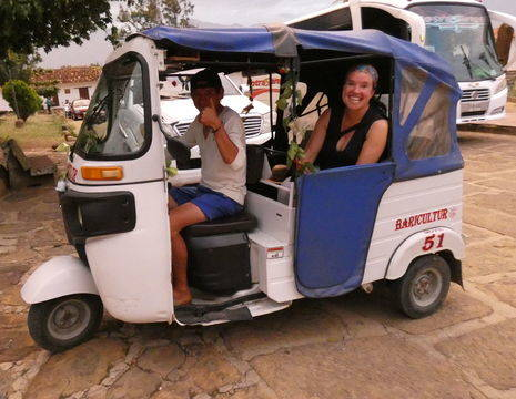 Colombia-Barichara-tuktuk