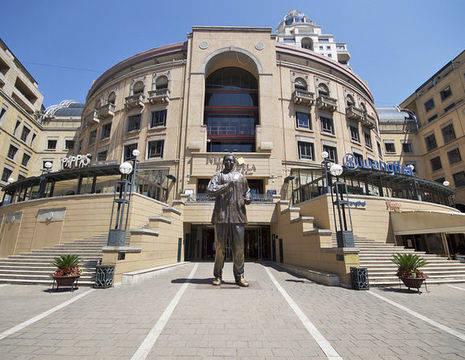 Zuid-Afrika-Johannesburg- NelsonMandelaSquare_17