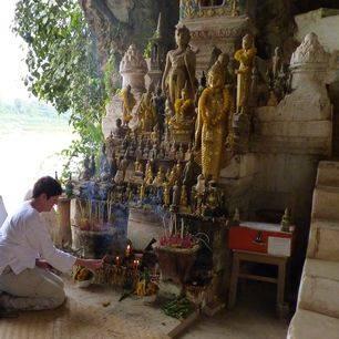 Luang-Prabang-Pak-Ou-Grotten
