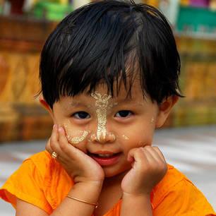 Myanmar-Yangon-kindje-schattig(8)