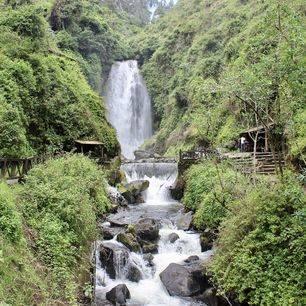 Ecuador-Otavalo-Cuicocha-meer_1_523669