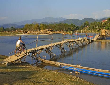 Laos-Vang-Vieng-fietsen_4_169609