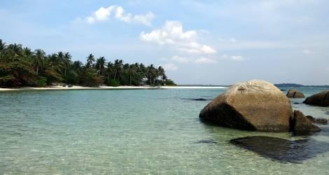 Indonesie-Belitung-Rots