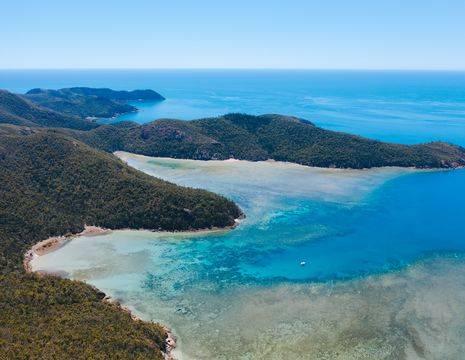 Australie-Whitsundays-kustlijn(8)