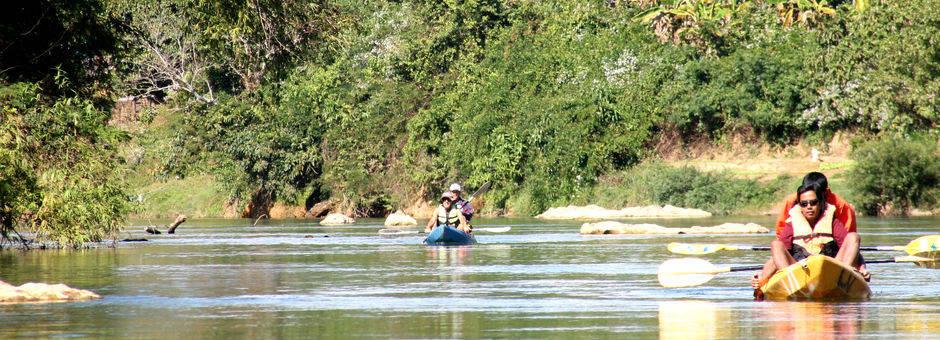 Laos-VangVieng-kanotocht2_1_404659