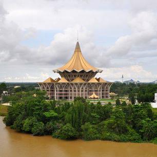 Sarawak-Kuching-Newparliamentbuildingandfortmargherita