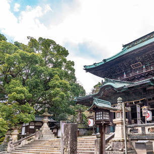 Tempels-en-cultuur-in-Kotahira(10)