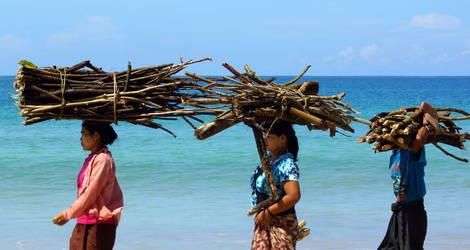 Myanmar-Ngapali-Beach-Amata