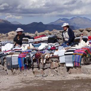 De-lokale-bevolking-verkoopt-ook-in-de-bergen(10)