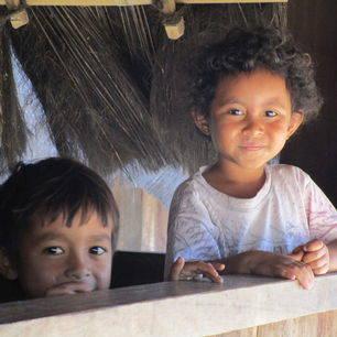 Moni-Riung-Kinderen