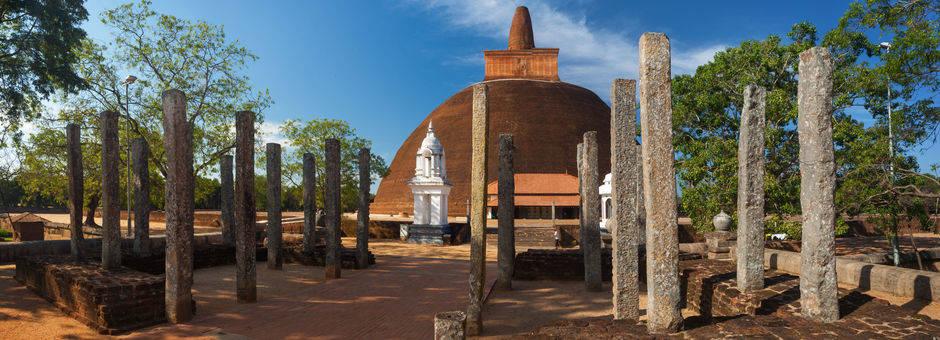 Sri-Lanka-Anuradhapura-tempel8(13)
