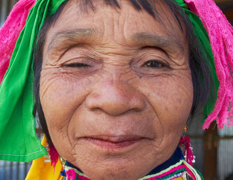 Myanmar-Inle Lake-Padaung vrouw(8)