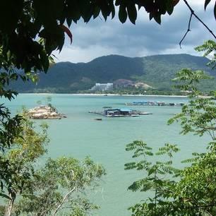 Maleisie-WestMaleisie-Penang-zeezichtdoorkijkje(8)