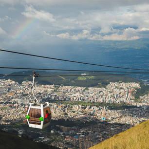 Neem de Teleférico omhoog voor een weids uitzicht op Quito