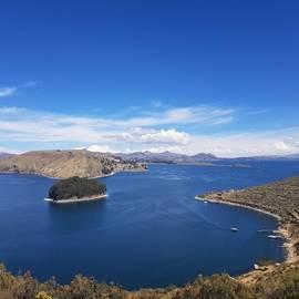 Titicacameer vanaf Isla del Sol, Bolivia