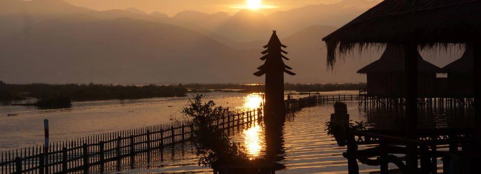 Myanmar-Inle Lake-zonsondergang(13)