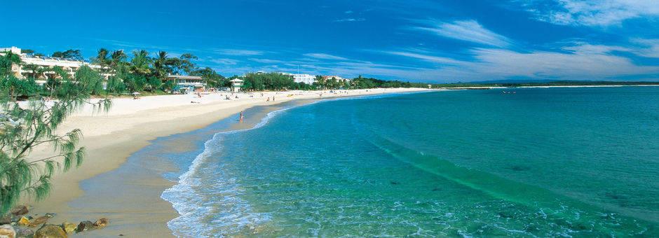 Australie-Noosa-main-beach_1_560168
