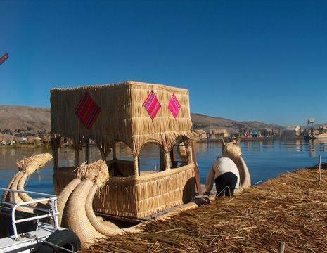 Tripje-varen-op-het-Titicacameer(12)
