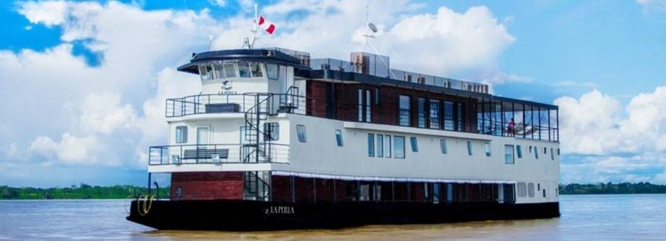 Amazone-La-Perla-cruise-boot (6)