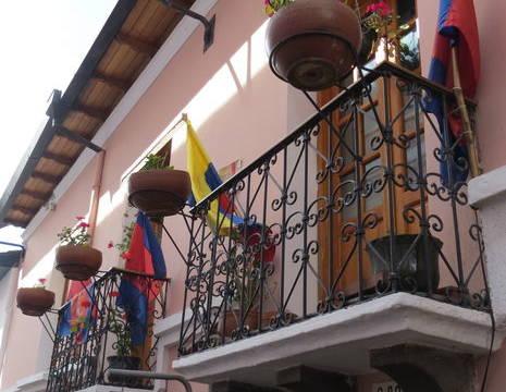 Ecuador-Quito-sfeervolle-straat