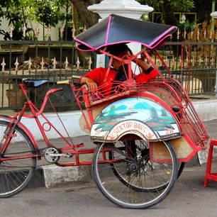 Neem een fietstaxi in Jogyakarta