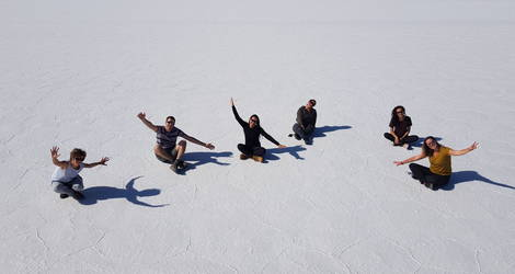 Met zijn allen op de zoutvlakte van Uyuni - Bolivia