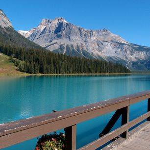 Canada-Yoho-Emerald-Lake