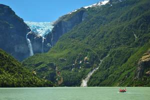 Hangende gletsjer in Queulat National Park